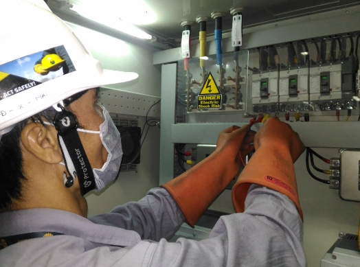 Đơn hàng lắp điện Nhật Bản
